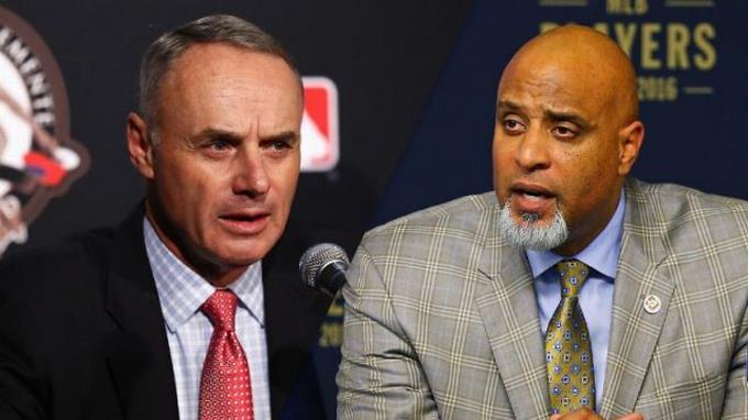 Photo of Jugadores de MLB votan 33 a 5 en rechazo de más reciente oferta de los dueños de equipos