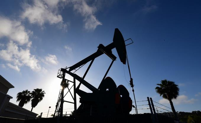 Photo of El petróleo de Texas cierra con una caída del 7.6 %, hasta 36.76 dólares