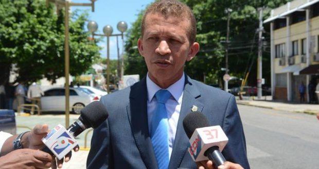 Photo of Encuesta proyecta a Lupe Núñez como uno de los candidatos más populares