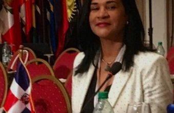 Photo of Diplomática RD llama parásitos a dominicanos residentes en EE.UU.
