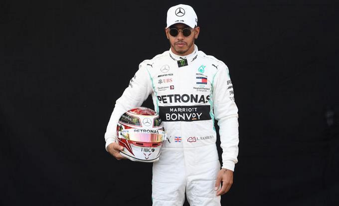 Photo of Lewis Hamilton llega a Hungría por otro récord