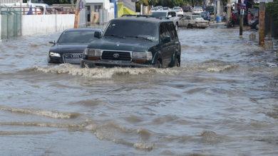 Photo of Onda tropical provoca aguaceros; el polvo del Sahara vuelve al país