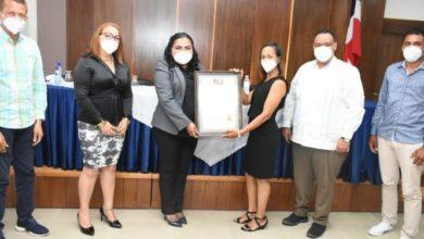 Photo of Regional Educación 07 reconoce maestros ganadores Premio Nacional Excelencia Magisterial 2020