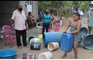 Photo of Protestan en Vista al Valle de SFM por falta de agua potable