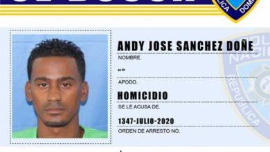 Photo of Detienen 4 miembros de la seguridad del director administrativo del Moscoso Puello por balacera en el Simón Bolívar