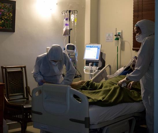 Photo of La capital se queda sin camas para los nuevos infectados por el virus