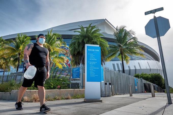 Photo of Miles piden a gobernador de Florida no abrir escuelas en agosto por COVID-19