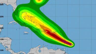 Photo of Gobernadora de Puerto Rico declara estado de emergencia por tormenta tropical