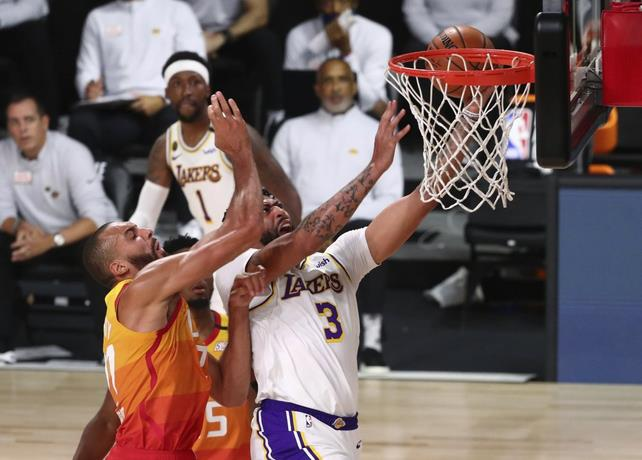 Photo of Anthony Davis anota 42 puntos y toma 12 rebotes en triunfo Lakers