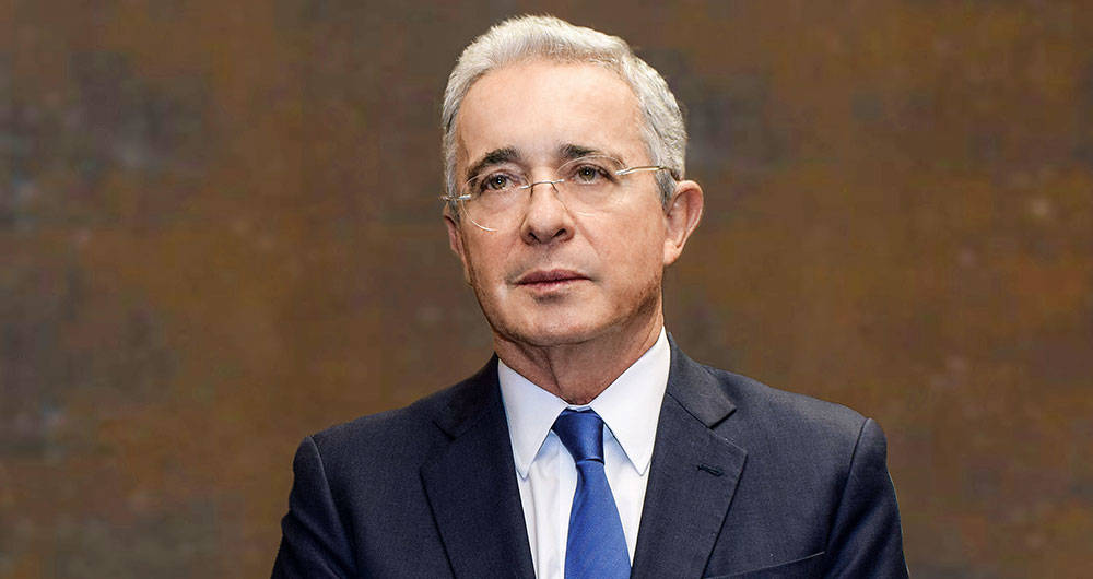 Photo of El expresidente colombiano Álvaro Uribe da positivo por COVID-19