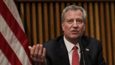 Photo of Alcalde NYC advierte hoteles antes rentar habitaciones sus clientes deben llenar cuestionario por COVID-19