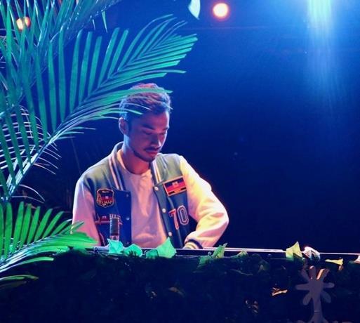 Photo of Al alargarse la pandemia, un DJ de Nueva York decide probar las giras virtuales