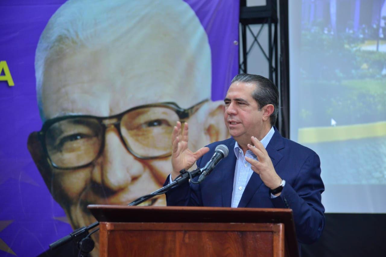 "Photo of Javier exhorta a congresistas PLD hacer oposición ""con inteligencia"""