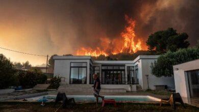 Photo of Francia: 22 heridos y 2,700 evacuados por fuegos en Marsella