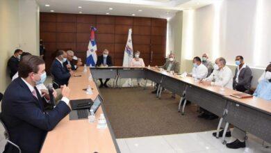 Photo of Sector laboral y hoteleros se reúnen para garantizar empleos y salud en el turismo