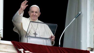 Photo of Papa dice el chisme es peor que el coronavirus