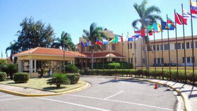 Photo of El Poder Ejecutivo destituye 33 embajadores alternos, vicecónsules y ministros consejeros