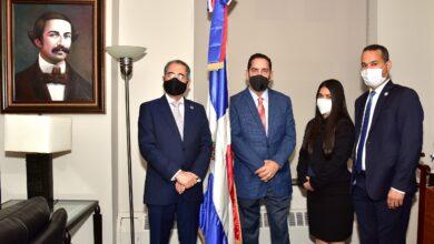 Photo of NUEVA YORK: Director Pasaportes RD visita al cónsul Eligio Jáquez