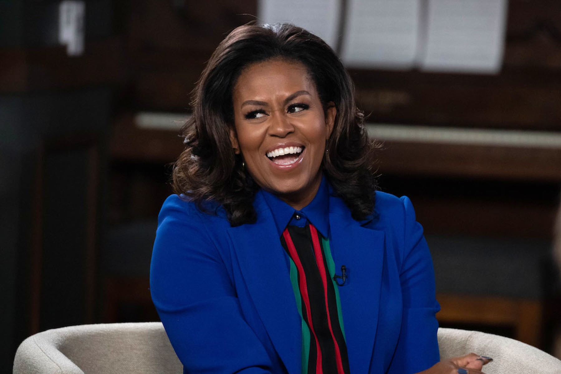 Photo of Michelle Obama lamenta que afroamericanos deban vivir con miedo y precaución