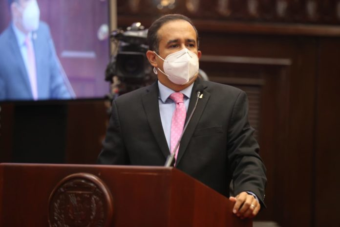 Photo of Diputado Víctor Suárez sobre el PLD: «No quepo en un partido que su líder sea un dictador»