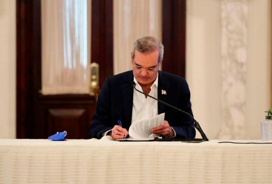 Photo of Luis Abinader anuncia que tendrá una residencia presidencial en Santiago