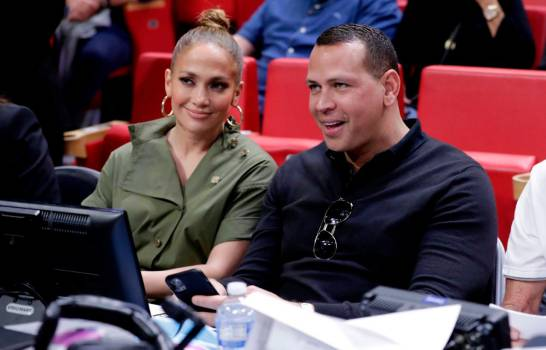 Photo of Alex Rodríguez y Jennifer López quedaron desplazados por Cohen para adquirir los Mets