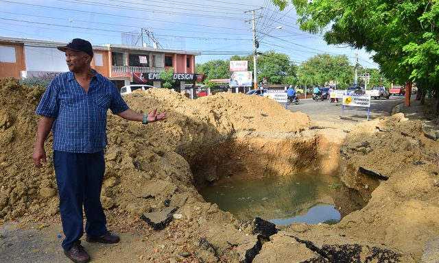Photo of Aumentan quejas por la falta de agua