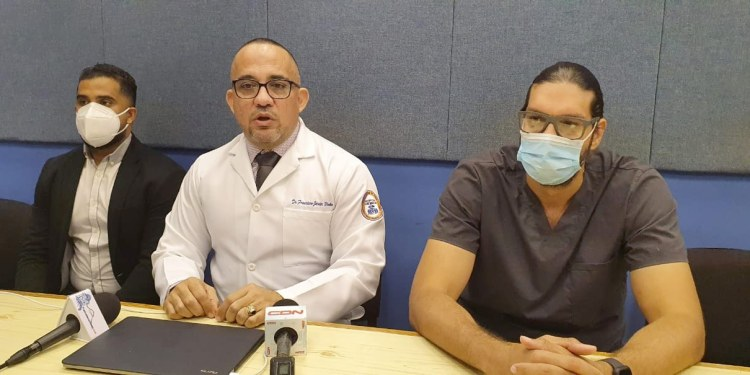 Photo of Director Hospital San Vicente de Paul aclara fuego destruyó sala informática no compromete base de datos
