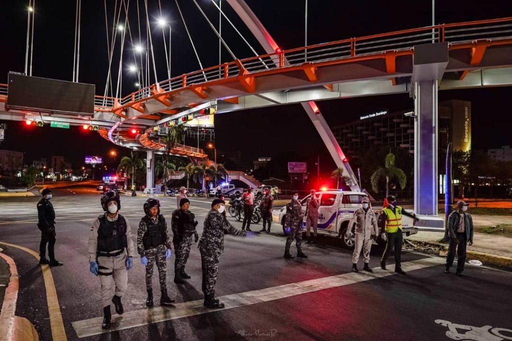 Photo of Gobierno disminuye dos horas al toque de queda