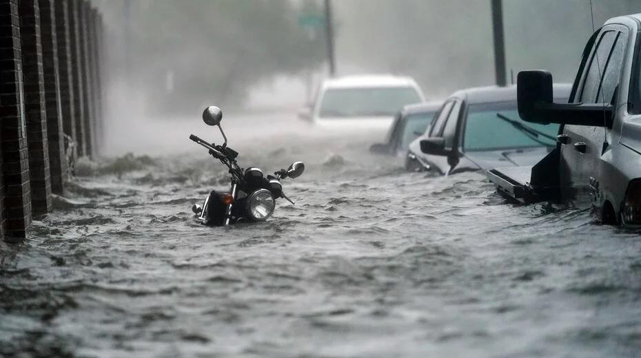 Photo of EEUU: Huracán desata inundaciones al depositar casi 25 pulgadas de lluvia